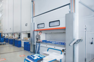 Advantages of Leasing Business Equipment VS. Buying lean lifts