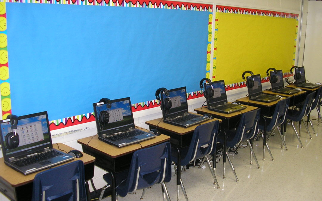 Preventing Laptop Theft with Laptop Carts for School Systems